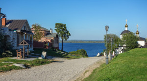 Экскурсия на теплоходе на остров Свияжск и Раифский монастырь - уменьшенная копия фото №2