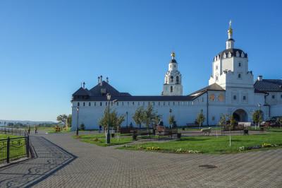 Свияжский Богородицкий мужской монастырь – фото достопримечательности вы увидите на экскурсии
