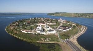 Свияжский Богородицкий мужской монастырь - уменьшенная копия фото №5