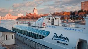 Прогулка по Москве-реке на яхтах Рэдиссон от гостиницы Украина - уменьшенная копия фото №6