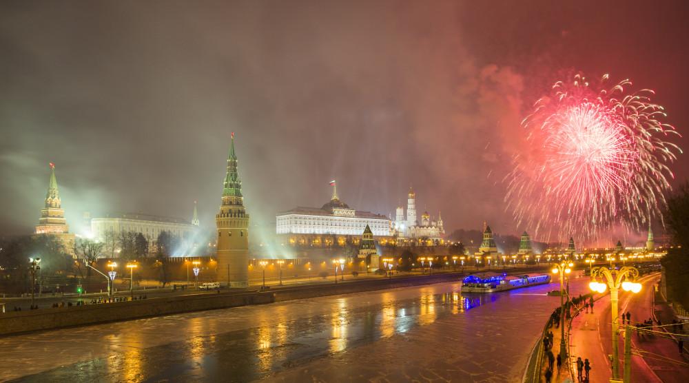 Встреча нового года на VIP-теплоходе «РИО» с банкетом и развлекательной программой - фото №1