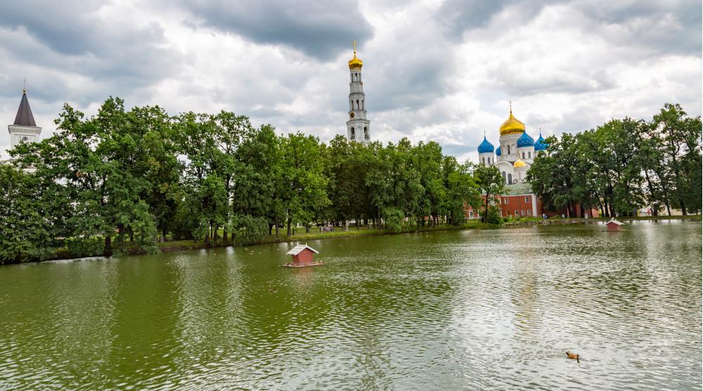 Круиз в Николо-Угрешский монастырь на теплоходе - фото №1