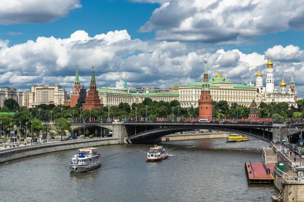 Прогулка на теплоходе от причала «Большой Устьинский мост»   – фото для каталога