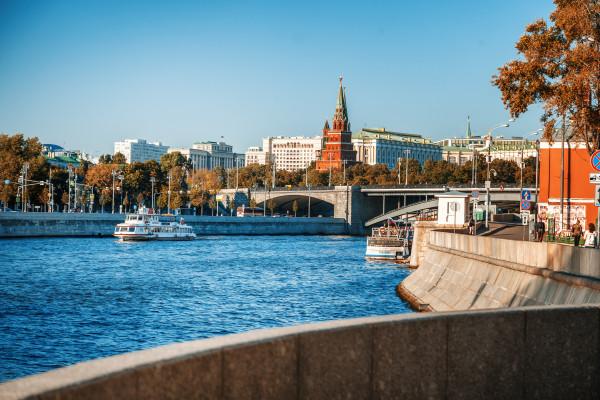 Водная прогулка по центру Москвы на теплоходе