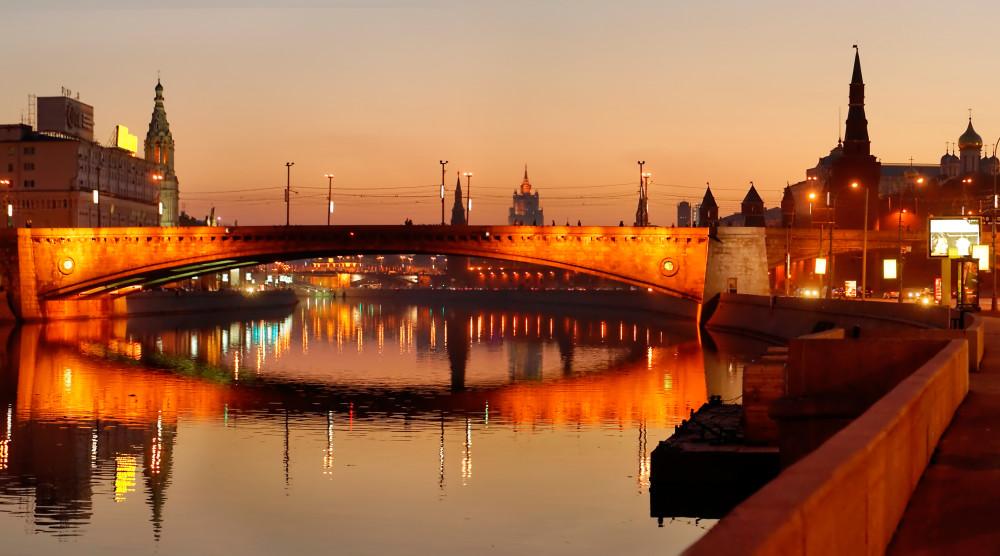 «Романтика речной Москвы» - водная прогулка с романтическим ужином на борту теплохода - фото №1