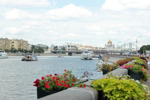 Речной трамвайчик - водная прогулка по Москва-реке