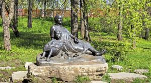 Памятник А.С.Пушкину в Болдино - уменьшенная копия фото №2