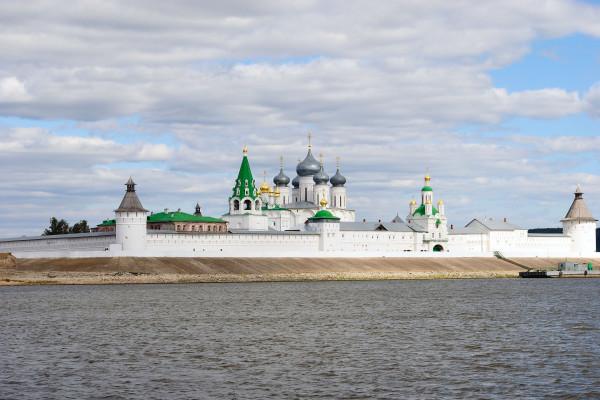 Экскурсия-круиз в Макарьевский монастырь  – фото для каталога