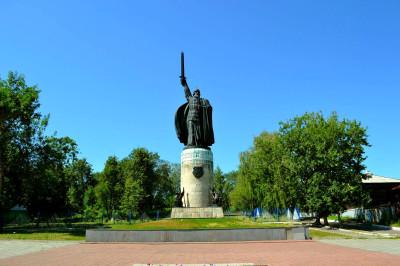 Памятник Илье Мурамцу – фото достопримечательности вы увидите на экскурсии