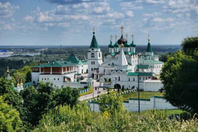 Вознесенский Печерский монастырь – фото достопримечательности вы увидите на экскурсии