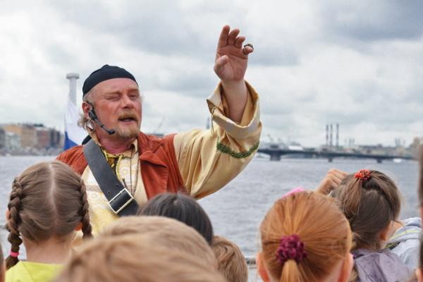 Балтийские витальеры в поисках клада - детская водная прогулка