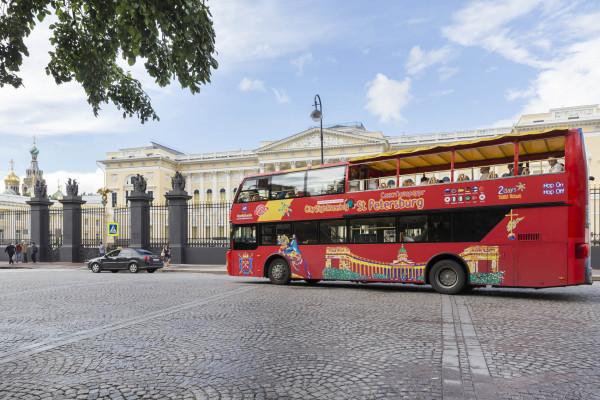 Автобусная экскурсия «CITY SIGHTSEEING» по Петербургу  – фото для каталога