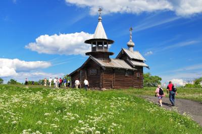 Часовня Михаила Архангела – фото достопримечательности вы увидите на экскурсии