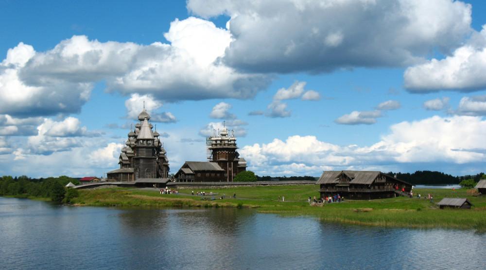 Поездка на метеоре из Петрозаводска на остров Кижи и обратно - фото №1