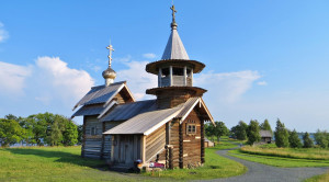 Часовня Михаила Архангела - уменьшенная копия фото №2