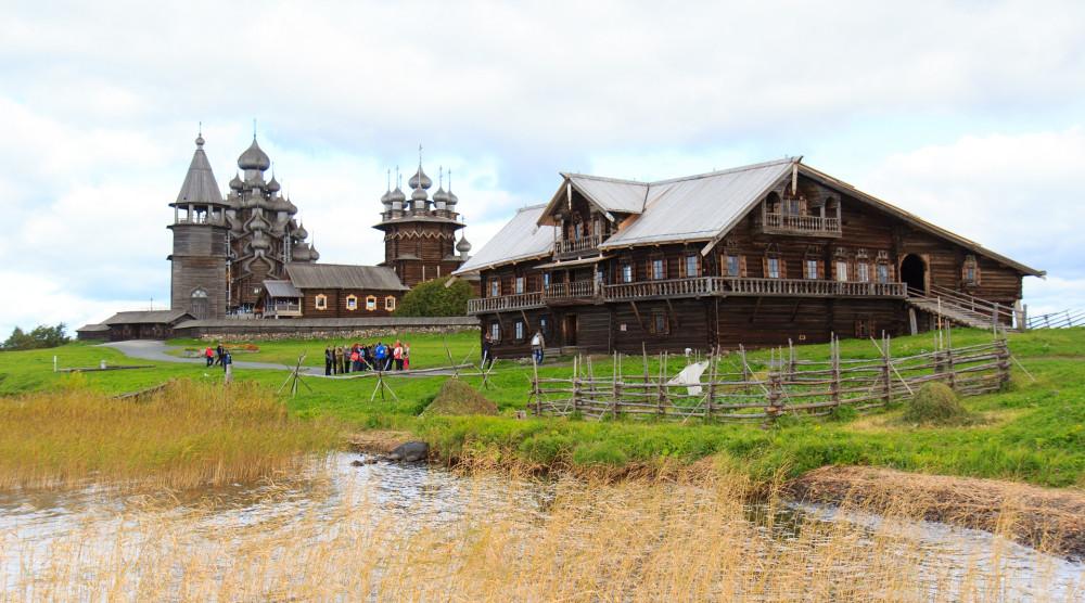 «Кижи - Рускеала - 1 день на Соловках» - экскурсионный тур на 4 дня - фото №1