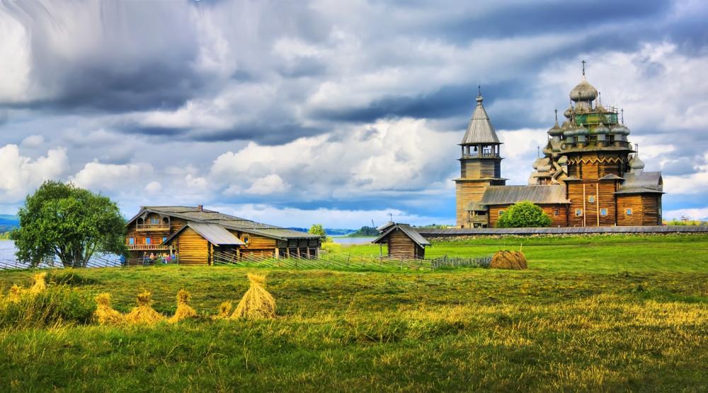 «Кижи - Валаам - 2 дня на Соловках» - экскурсионный тур на 5 дней - фото №1