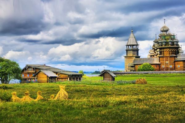 «Кижи - Валаам - 2 дня на Соловках» - экскурсионный тур на 5 дней  – фото для каталога