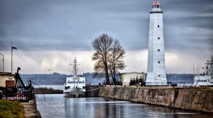 Экскурсия в Кронштадт с посещением Морского собора и водной прогулкой вдоль фортов - уменьшенная копия фото №2