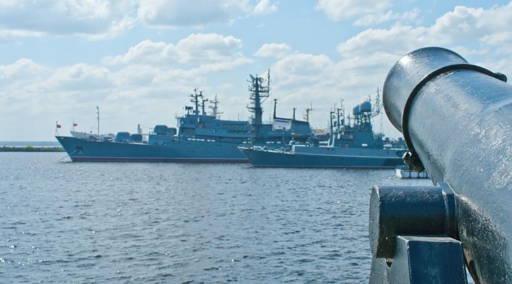 Круиз в Кронштадт на яхте Рэдиссон - фото №1