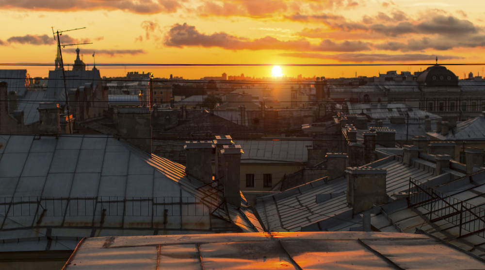 Закат с крыши Петербурга с видом на Неву - вечерняя экскурсия - фото №1