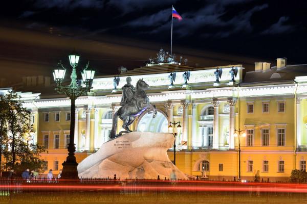 Ночная обзорная экскурсия по Санкт-Петербургу (ENGLISH) фото