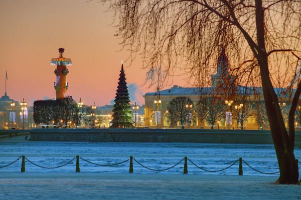 Новогодняя сказка Петербурга - экскурсия по городу на автобусе  – фото для каталога