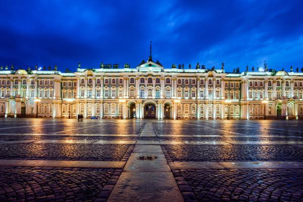 Обзорная экскурсия по Санкт-Петербургу с посещением Эрмитажа