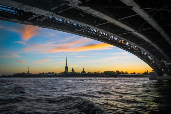 Мосты повисли над водами - экскурсия для детей