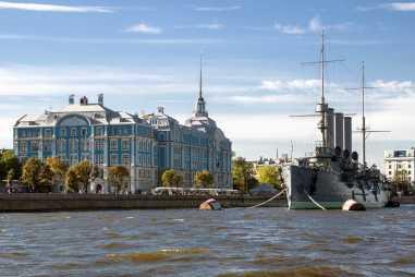 Обзорная экскурсия по Санкт-Петербургу с водной прогулкой  – фото для каталога