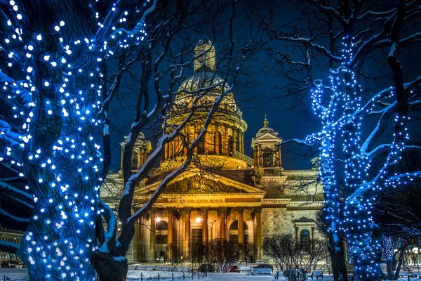 Католическое Рождество в Санкт-Петербурге - автобусная экскурсия  – фото для каталога
