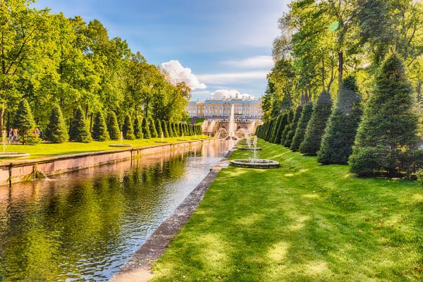 Петергоф (Малый дворец и фонтаны) - автобусная экскурсия