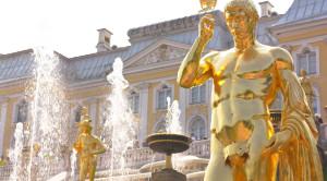 Ретропоезд на Праздник открытия фонтанов в Петергофе - уменьшенная копия фото №8