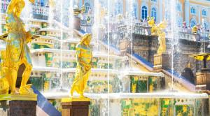 Экскурсия в Петергоф с посещением Малого музея и фонтанов Нижнего парка - уменьшенная копия фото №3