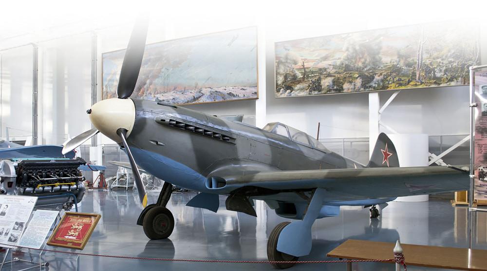 Экскурсия на ретропоезде в Музей ВВС в Монино - фото №1