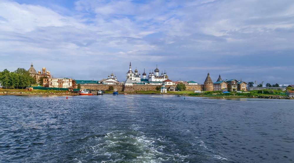 Морское путешествие из Беломорска на Соловки и обратно на теплоходе «Сапфир» - фото №1