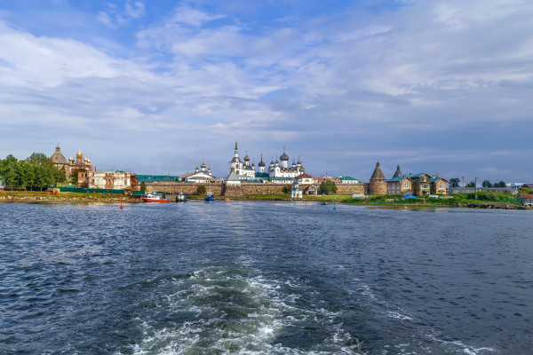 Морская прогулка на теплоходе из Беломорска на Соловки