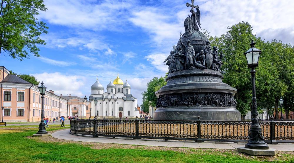 Двухдневный тур из Санкт-Петербурга «Яркие выходные в Великом Новгороде» - фото