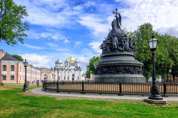 Яркие выходные в Великом Новгороде - экскурсионный тур фото