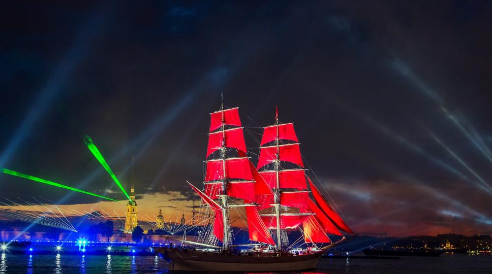 Праздник «Алые паруса-2020» на теплоходе - фото №1