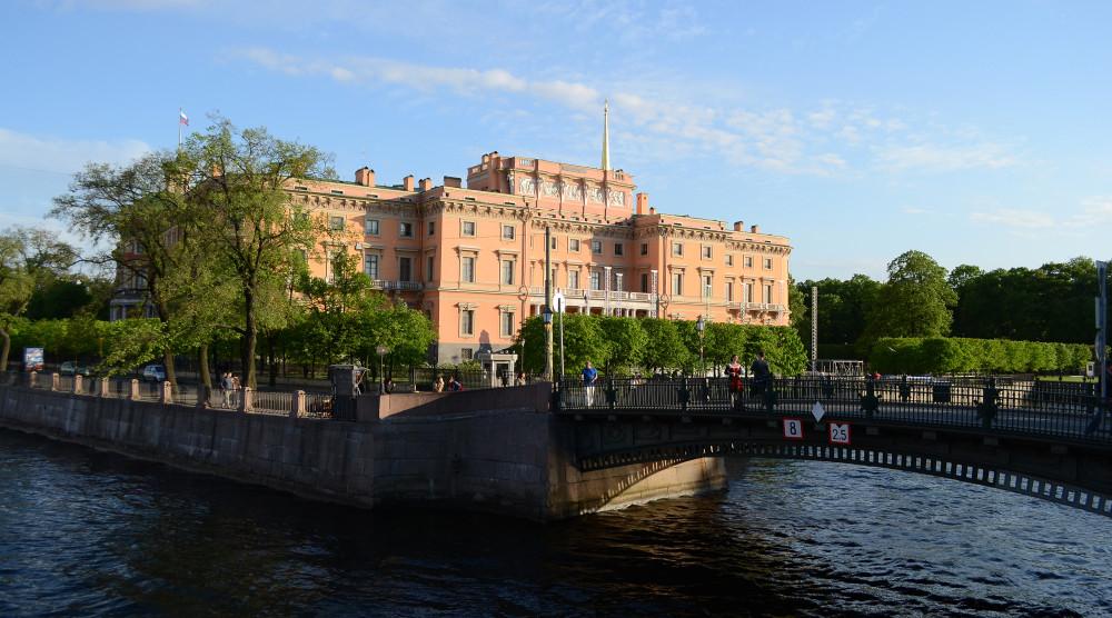 Автобусная экскурсия «Тайны старого Петербурга» - фото №1