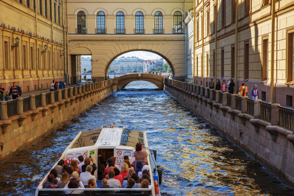 Англотуризмо - экскурсия по рекам и каналам
