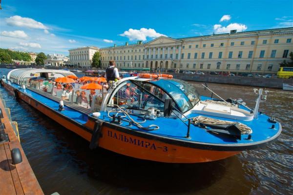 «CITY SIGHTSEEING NEVA» - экскурсия на теплоходе-кабриолете