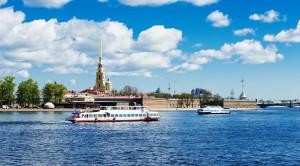 «Парад пассажирских судов» - водная прогулка по Неве в честь Дня работников морского и речного флота - уменьшенная копия фото №7