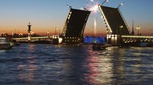 Джаз под разводными мостами - музыкальная водная прогулка - уменьшенная копия фото №3