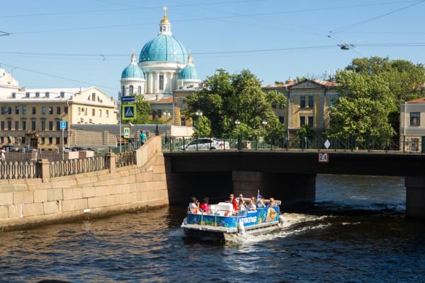 Дворцы. Мосты. Каналы - экскурсия по каналам Санкт-Петербурга фото