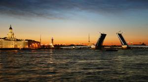 Дворцовый мост - уменьшенная копия фото №1