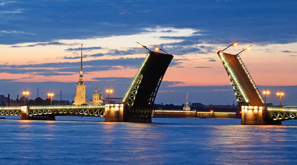«Ночной Петербург» - экскурсионная прогулка по Неве - фото №1