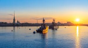 «Парад военных кораблей» - водная прогулка в день ВМФ на теплоходе-ресторане - уменьшенная копия фото №2
