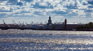 «Парад пассажирских судов» - водная прогулка по Неве в честь Дня работников морского и речного флота - уменьшенная копия фото №11